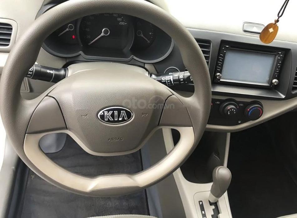 Cần bán Kia Morning sản xuất 2013, màu bạc, xe nhập, giá tốt (2)