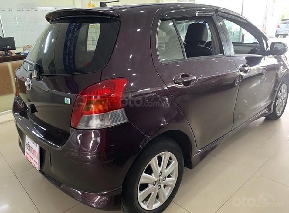 Cần bán xe Toyota Yaris 1.5G sản xuất năm 2011, màu tím, nhập khẩu nguyên chiếc (3)