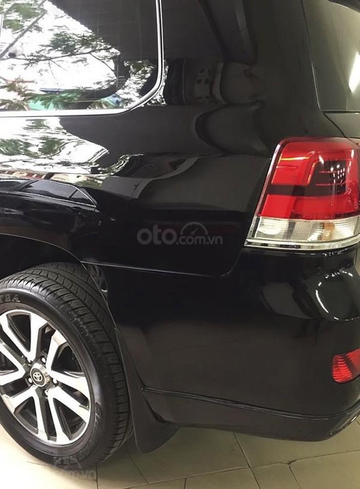 Cần bán Toyota Land Cruiser sản xuất năm 2015, màu đen, nhập khẩu (3)