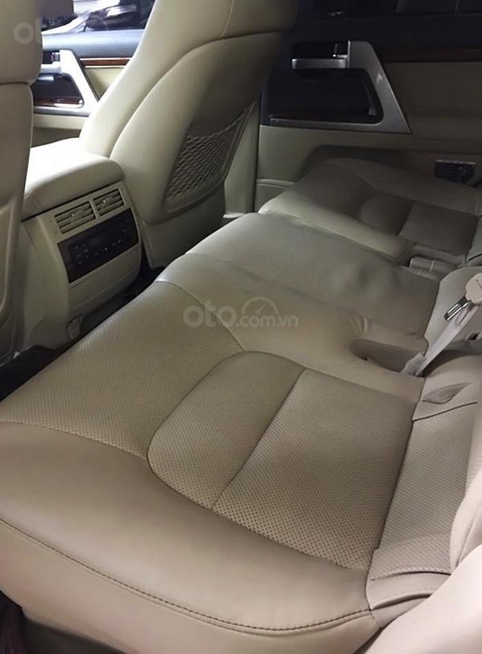 Cần bán Toyota Land Cruiser sản xuất năm 2015, màu đen, nhập khẩu (2)