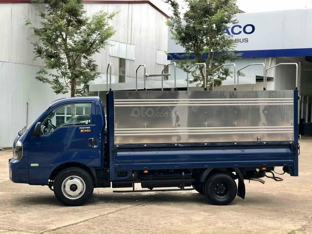 Xe tải Kia 2,490kg, xe mới nhất bao đẹp, nội thất sang trọng tiện nghi, giá tốt nhất đặc biệt hỗ trợ ngân hàng duyệt nhanh (1)