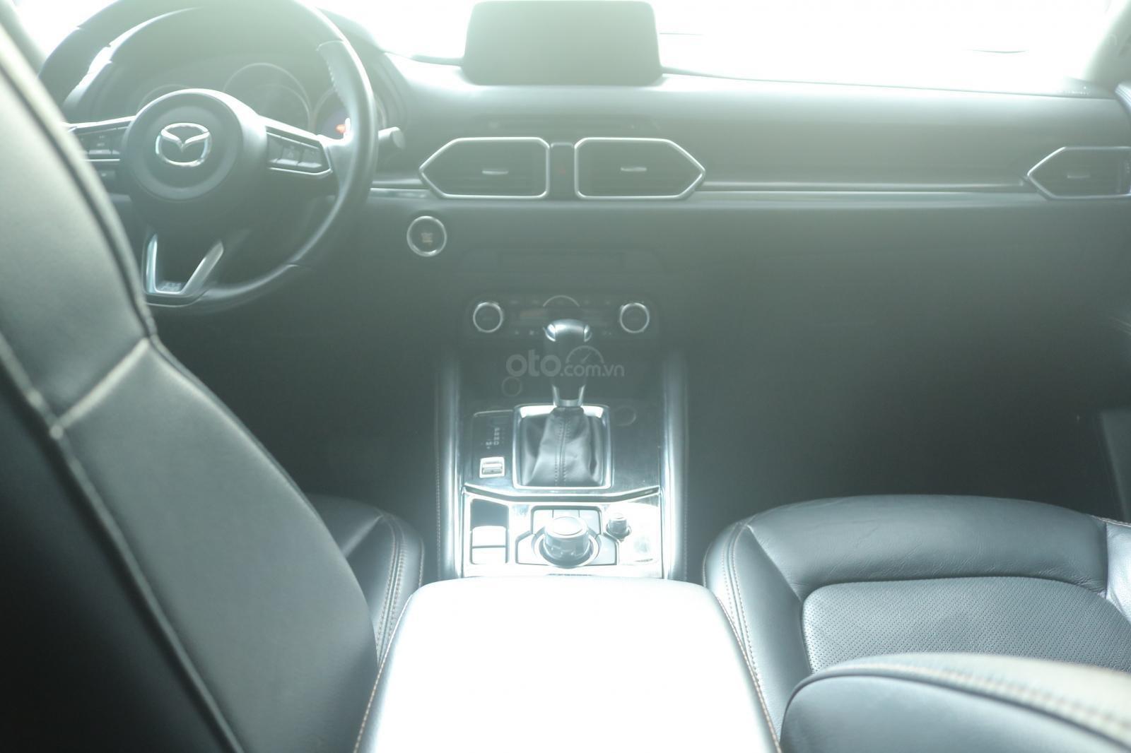 Bán ô tô Mazda CX 5 năm 2018, màu đen, giá chỉ 815 triệu (10)
