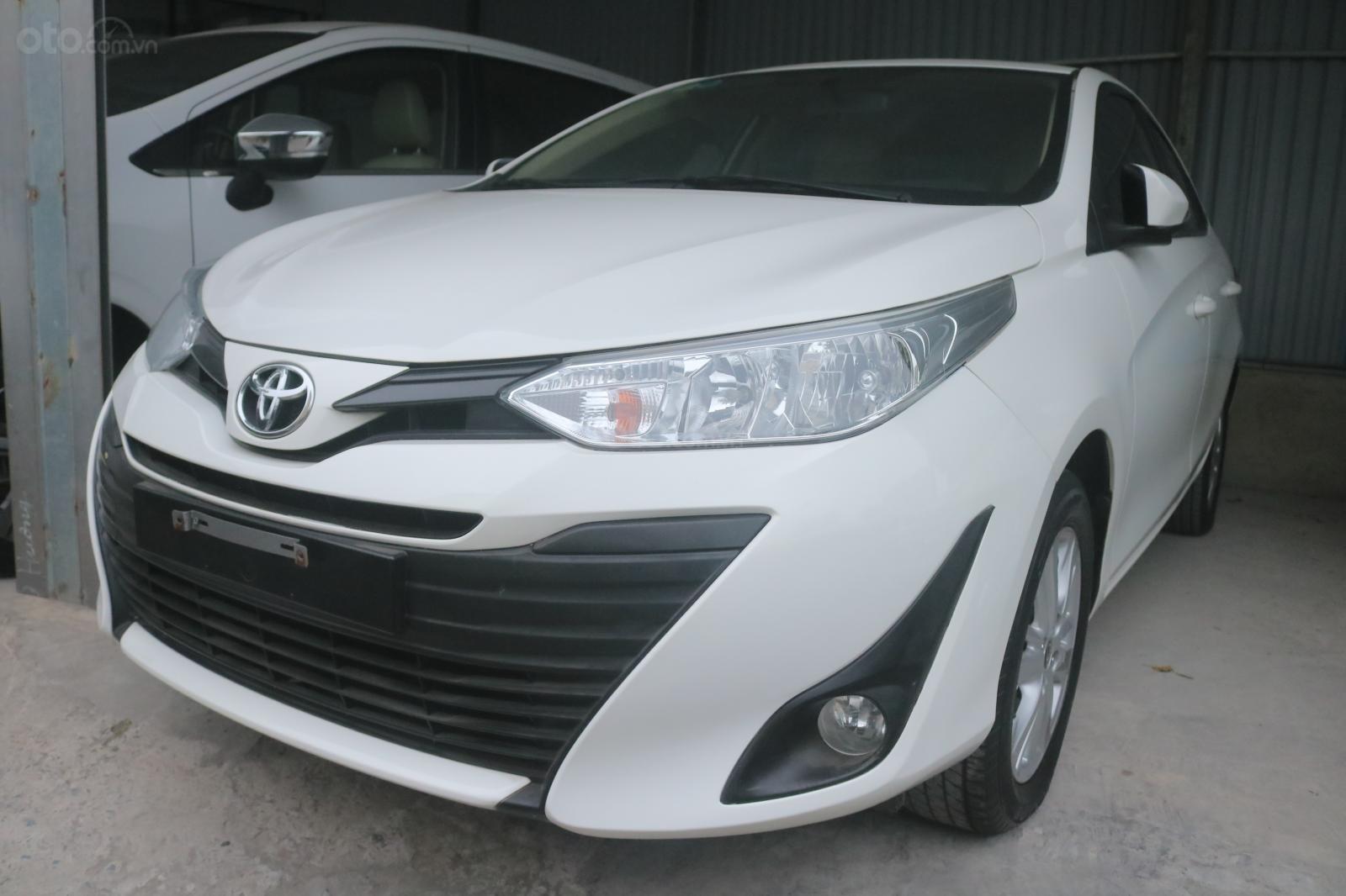Xe Toyota Vios sản xuất năm 2019, màu trắng, STĐ (2)
