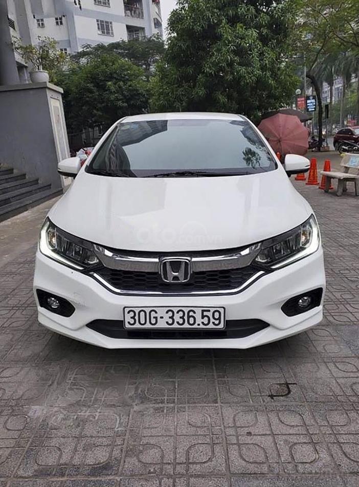 Cần bán gấp Honda City 1.5CVT Top sản xuất 2018, màu trắng (1)