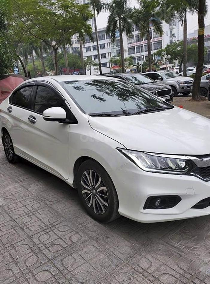 Cần bán gấp Honda City 1.5CVT Top sản xuất 2018, màu trắng (5)