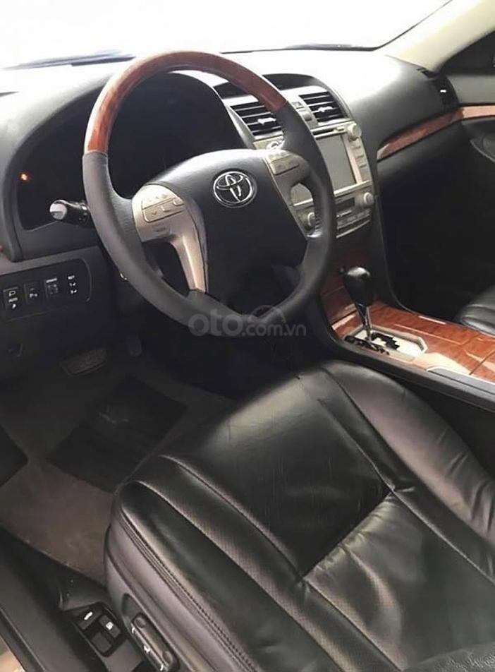 Xe Toyota Camry 3.5Q năm sản xuất 2010, màu đen, 550 triệu (4)
