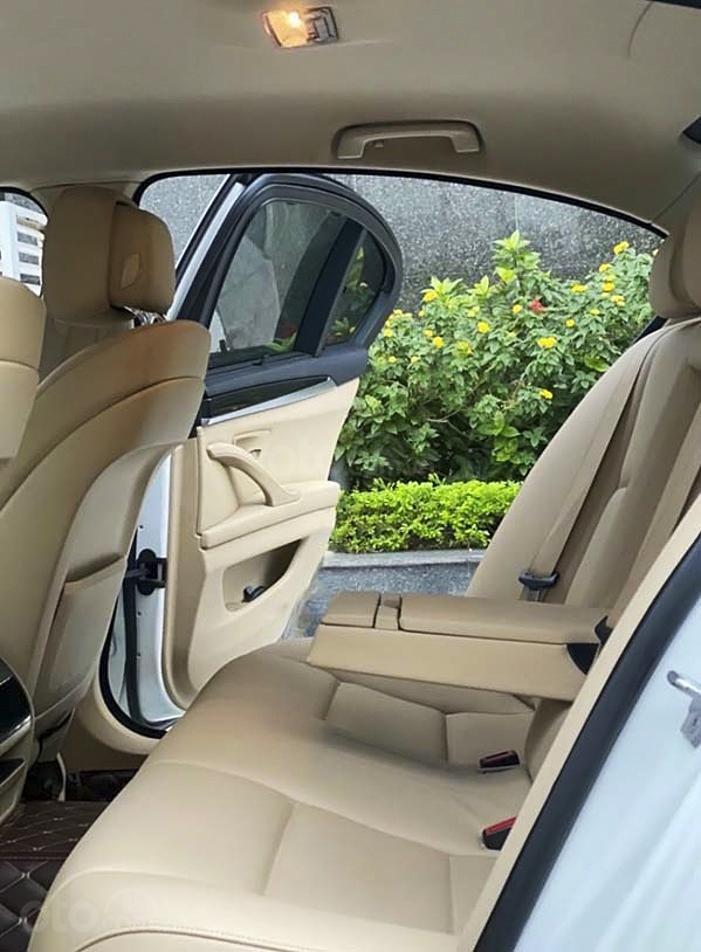 Bán xe BMW 5 Series 520i năm sản xuất 2013, màu trắng, nhập khẩu nguyên chiếc (4)