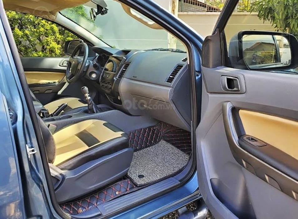 Bán ô tô Ford Ranger XLS MT năm sản xuất 2015, màu xanh lam, nhập khẩu (2)