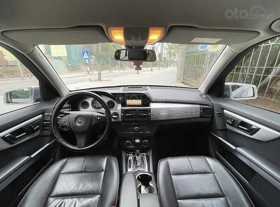Bán Mercedes GLK300 4Matic năm sản xuất 2009, màu bạc, giá chỉ 550 triệu (2)