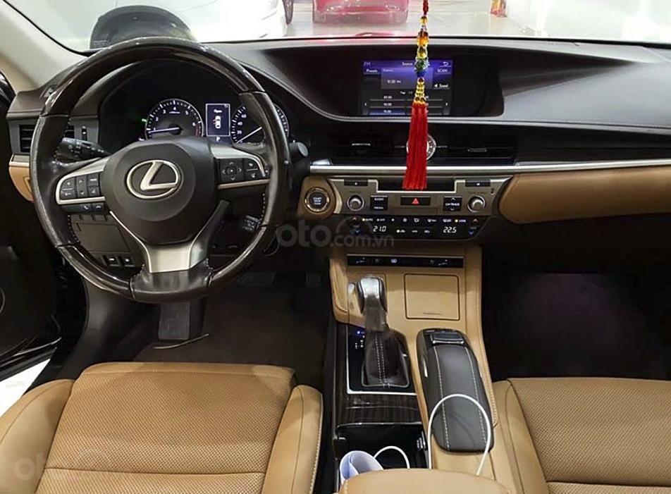 Cần bán Lexus ES đời 2017, màu trắng, xe nhập (3)