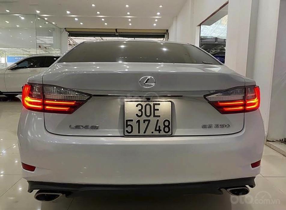 Cần bán Lexus ES đời 2017, màu trắng, xe nhập (2)