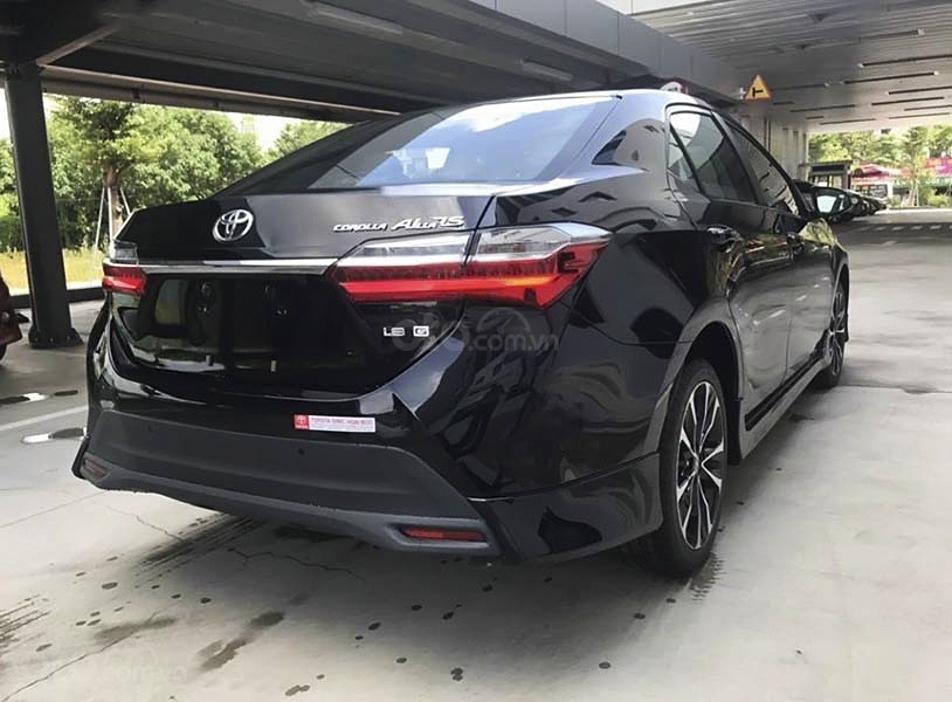 Bán ô tô Toyota Corolla Altis 1.8G AT sản xuất 2021, màu đen (4)