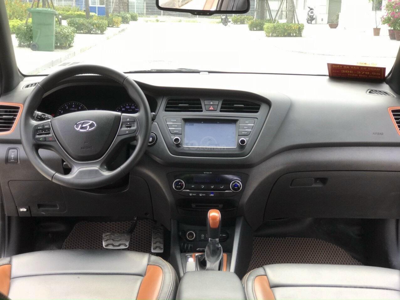 Xe Hyundai I20 Active 1.4 AT 2016 (8)