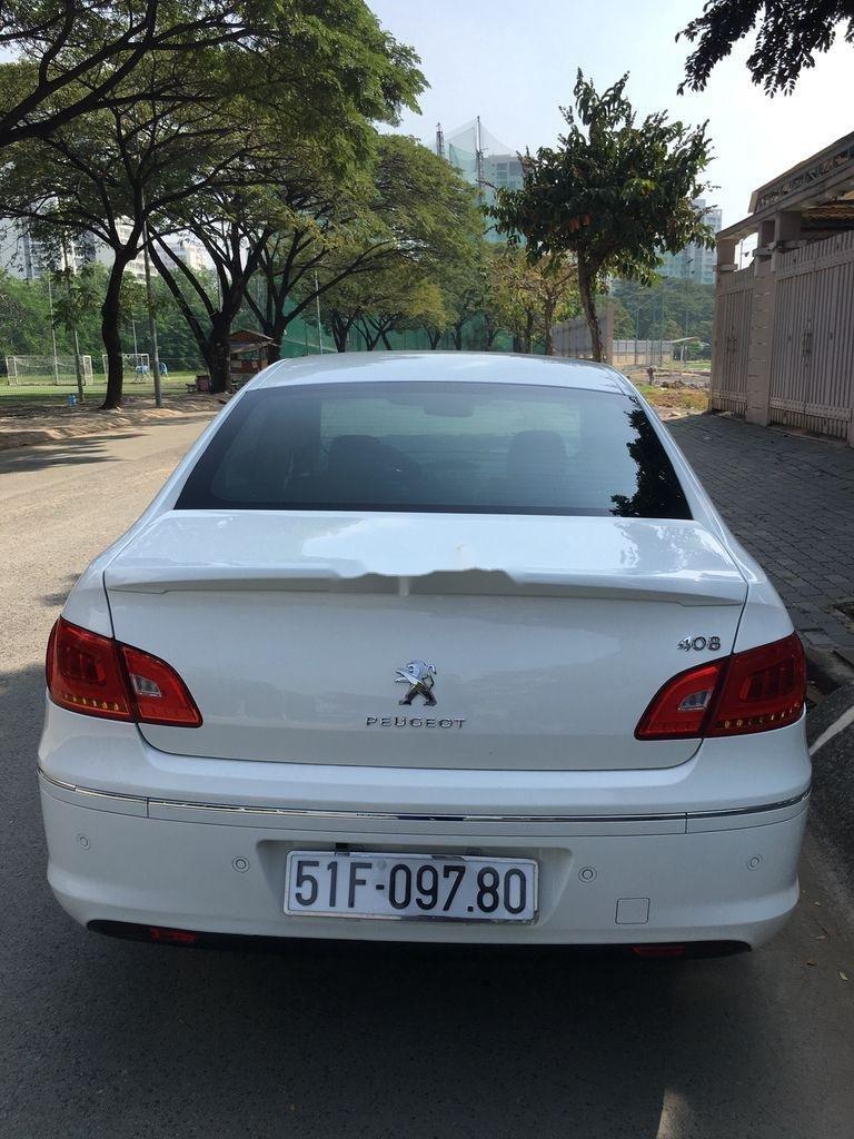 Cần bán lại xe Peugeot 408 sản xuất 2014, màu trắng ít sử dụng (4)