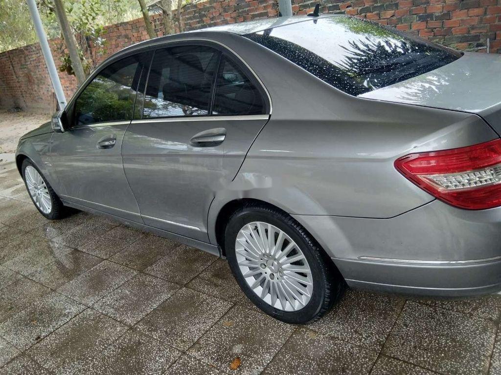 Cần bán Mercedes C class năm sản xuất 2010, màu xám, 389tr (1)