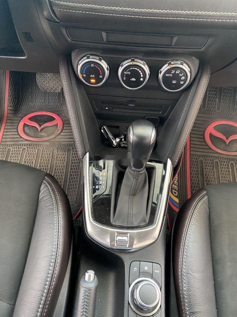 Bán Mazda 2 năm 2018, màu xám, nhập khẩu số tự động (10)