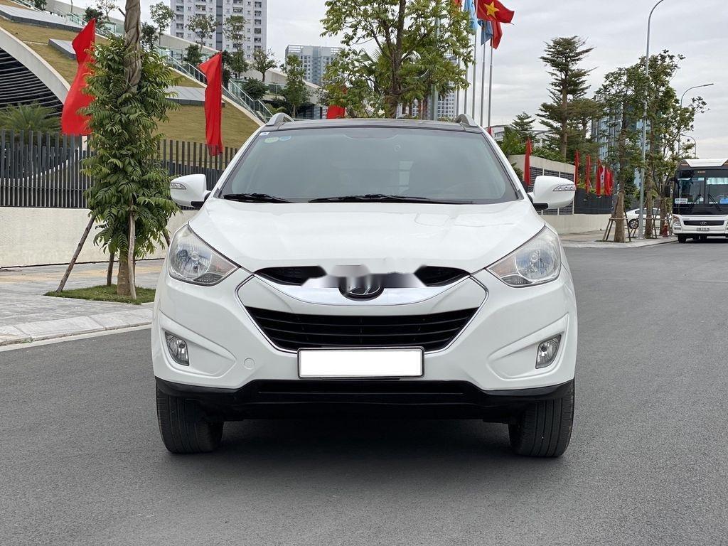 Cần bán gấp Hyundai Tucson đời 2010, màu trắng, xe nhập (1)
