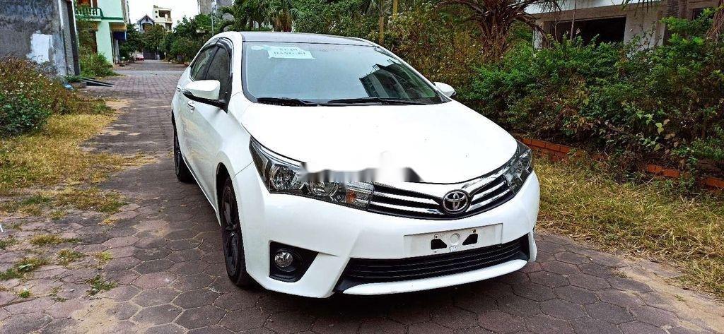 Cần bán lại xe Toyota Corolla Altis năm 2017 còn mới (2)