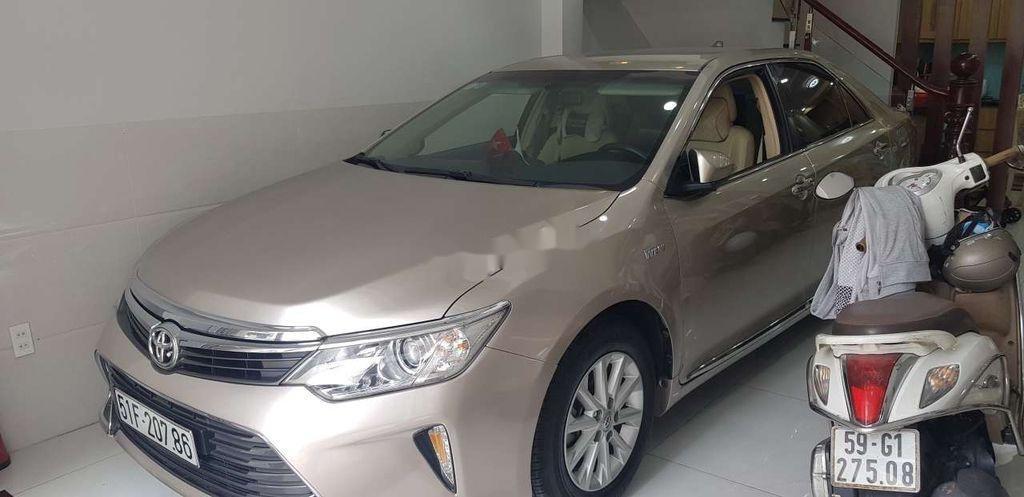 Cần bán Toyota Camry sản xuất 2015 còn mới, giá 730tr (3)