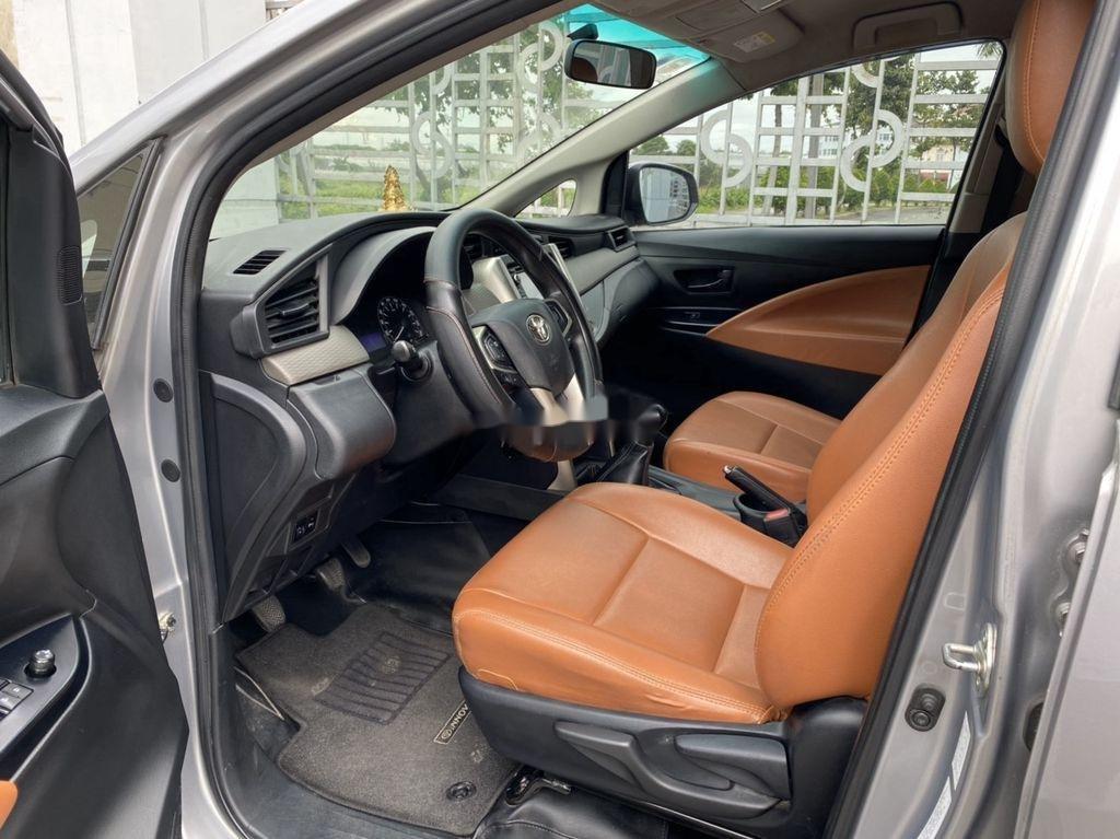 Bán Toyota Innova năm sản xuất 2016 còn mới (4)