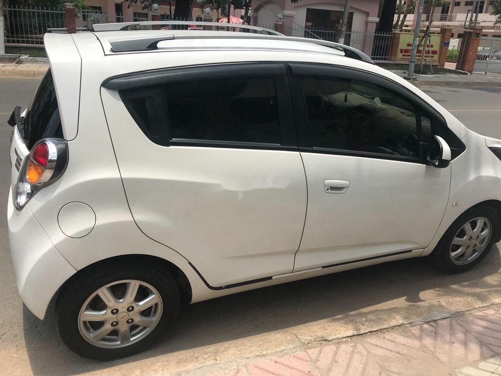 Cần bán xe Chevrolet Spark năm 2013, màu trắng  (3)