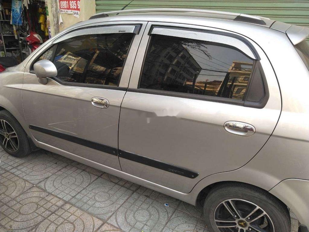 Bán Chevrolet Spark đời 2009, màu bạc ít sử dụng (8)