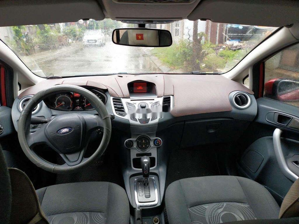 Cần bán gấp Ford Fiesta 2012, màu hồng, giá chỉ 315 triệu (4)