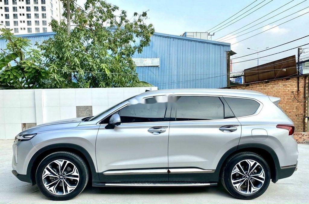 Cần bán gấp Hyundai Santa Fe 2019, màu bạc (4)