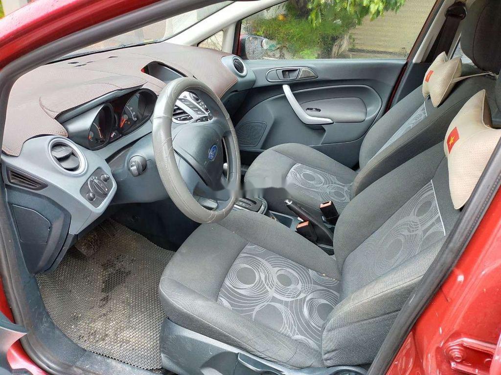 Cần bán gấp Ford Fiesta 2012, màu hồng, giá chỉ 315 triệu (5)