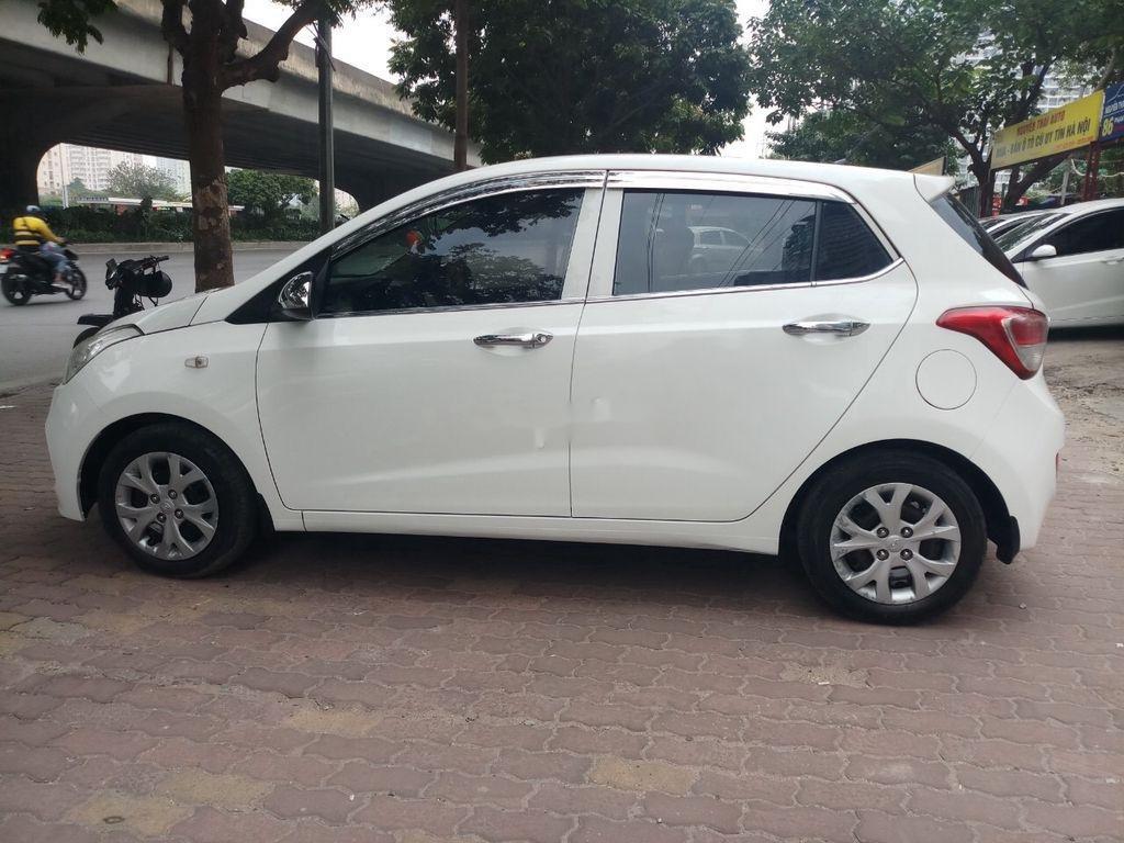 Bán Hyundai Grand i10 năm 2015, màu trắng, nhập khẩu nguyên chiếc (9)