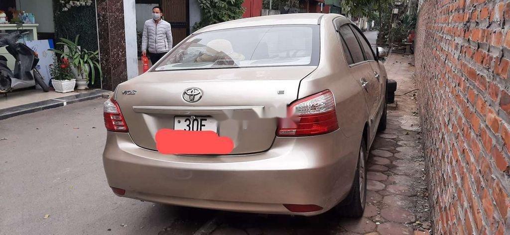 Bán Toyota Vios năm 2010 còn mới, giá tốt (1)