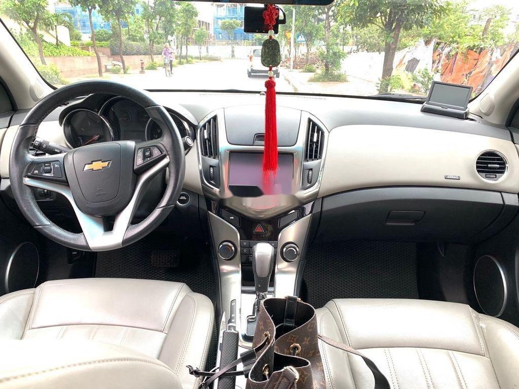 Bán ô tô Chevrolet Cruze sản xuất năm 2016 còn mới (3)