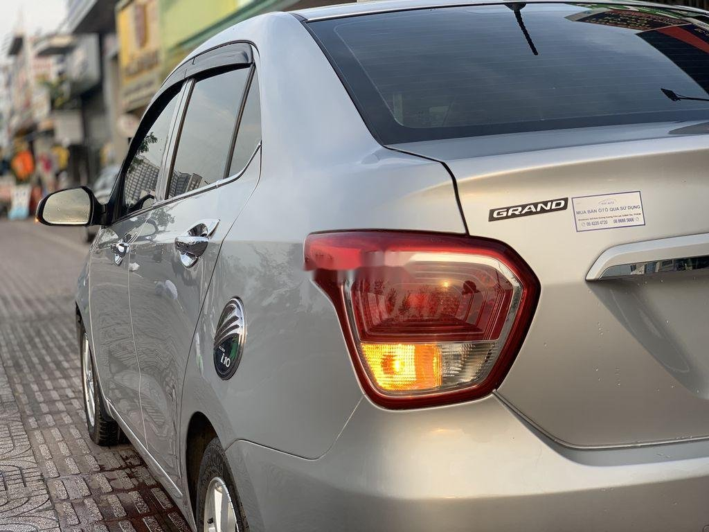 Bán xe Hyundai Grand i10 đời 2015, màu bạc, nhập khẩu  (4)