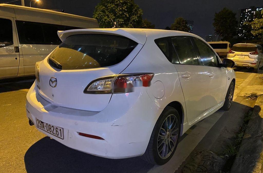 Bán Mazda 3 năm sản xuất 2010, màu trắng, nhập khẩu, giá chỉ 340 triệu (1)