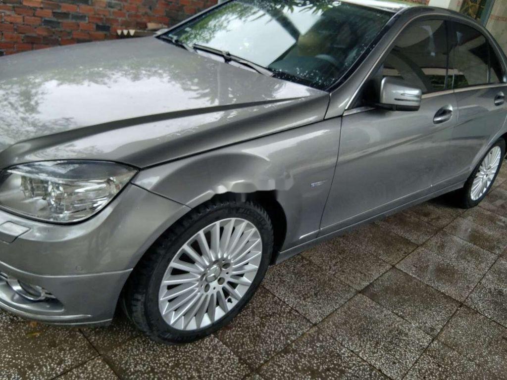 Cần bán Mercedes C class năm sản xuất 2010, màu xám, 389tr (2)