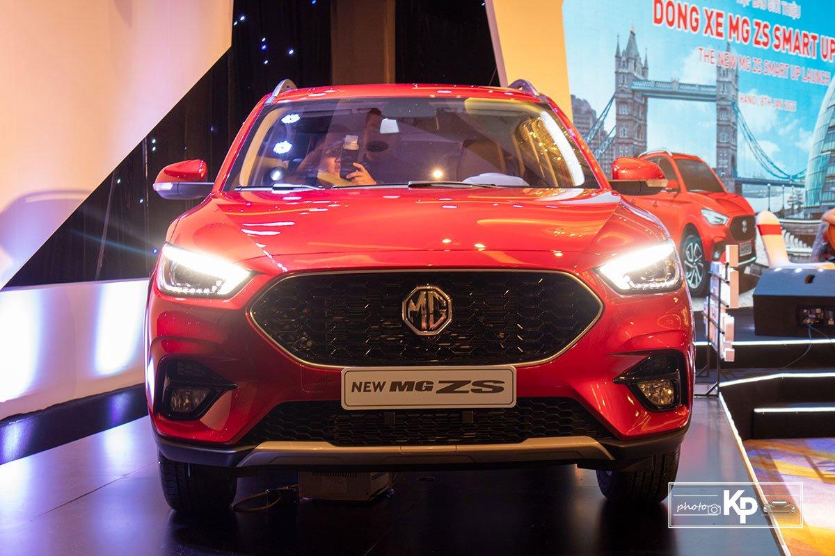 Thiết kế đầu xe MG ZS 2021 1
