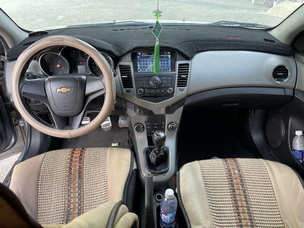 Bán Chevrolet Cruze đời 2012, màu bạc, nhập khẩu (5)