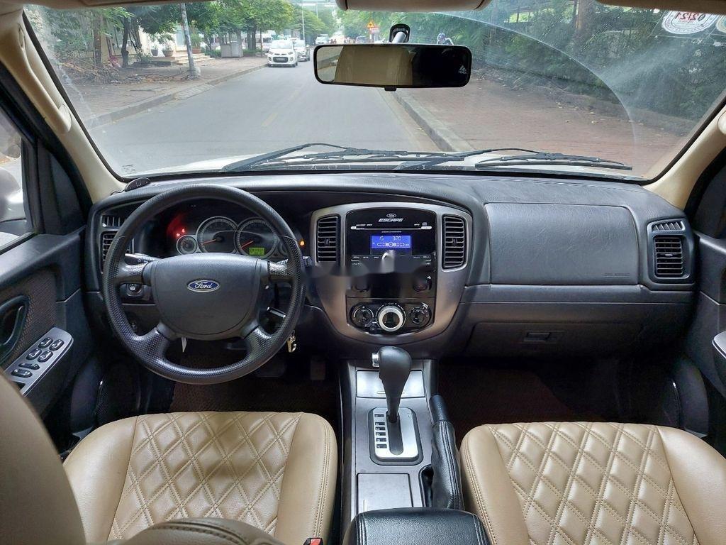 Bán xe Ford Escape sản xuất 2011 còn mới (2)