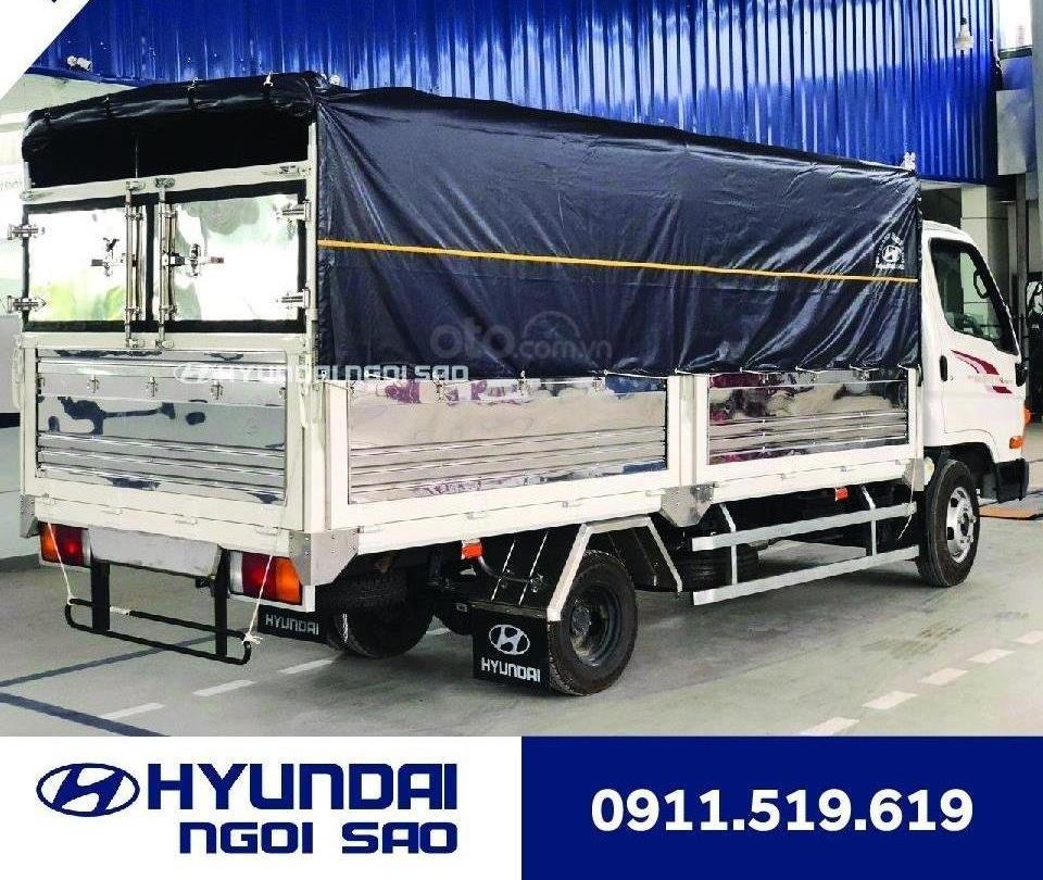 Xe tải 2.5 tấn Hyundai N250SL thùng 4m3 (2)