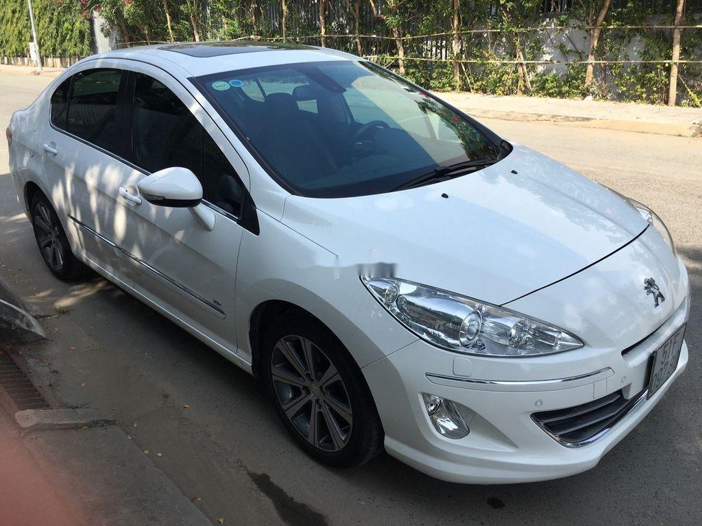 Cần bán lại xe Peugeot 408 sản xuất 2014, màu trắng ít sử dụng (2)