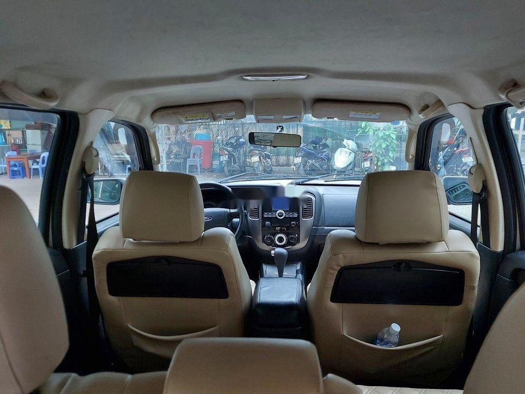 Bán xe Ford Escape sản xuất 2011 còn mới (4)