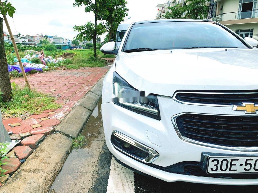 Bán ô tô Chevrolet Cruze sản xuất năm 2016 còn mới (2)