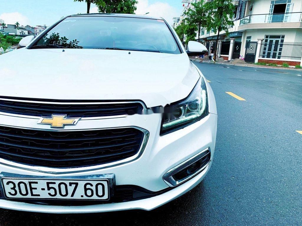 Bán ô tô Chevrolet Cruze sản xuất năm 2016 còn mới (1)
