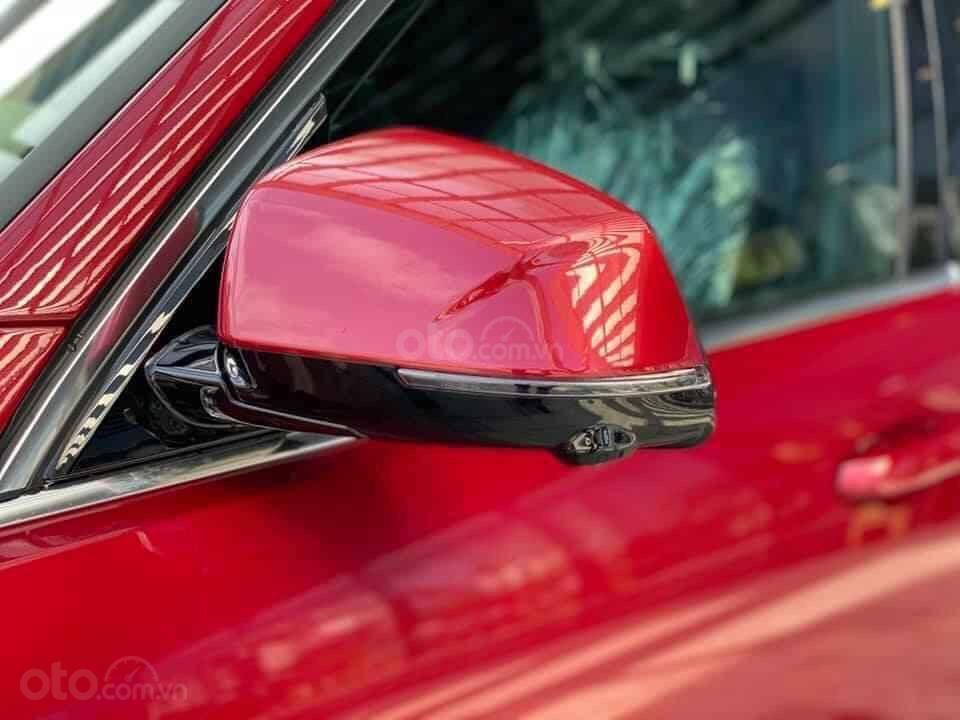 Bán VinFast LUX SA2.0 cá tính với nhiều ưu đãi tháng 1, xe đủ màu, giao ngay, hỗ trợ 100% phí trước bạ (6)