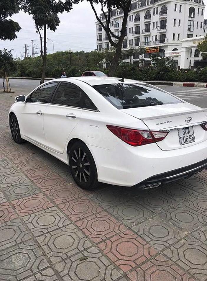 Bán Hyundai Sonata năm 2009, màu trắng, nhập khẩu còn mới, giá chỉ 406 triệu (3)