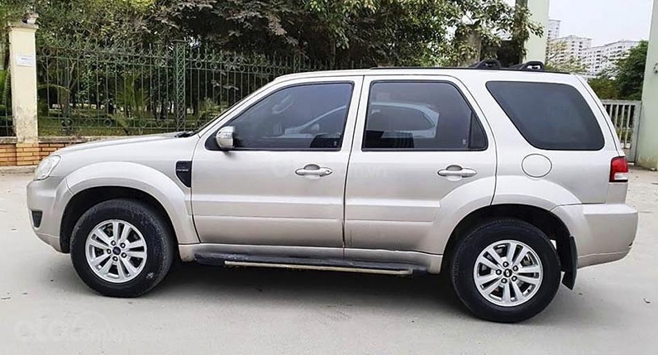 Cần bán lại xe Ford Escape sản xuất năm 2010, màu hồng còn mới, giá chỉ 339 triệu (4)