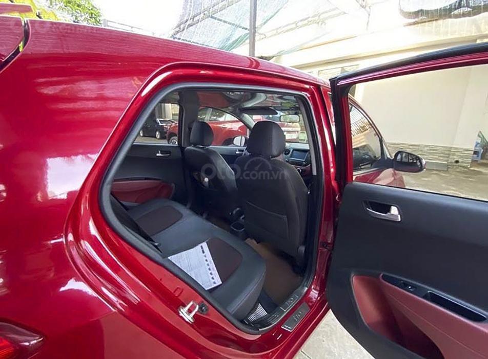 Cần bán Hyundai Grand i10 sản xuất 2019, màu đỏ còn mới (2)