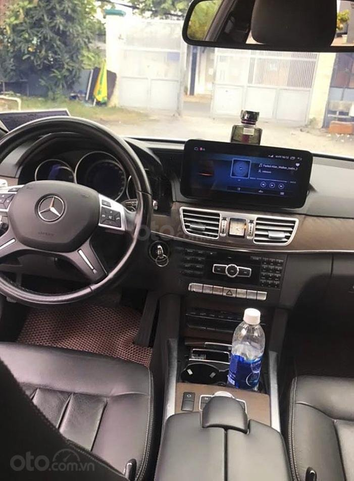 Bán Mercedes E class sản xuất năm 2014, màu trắng còn mới (5)