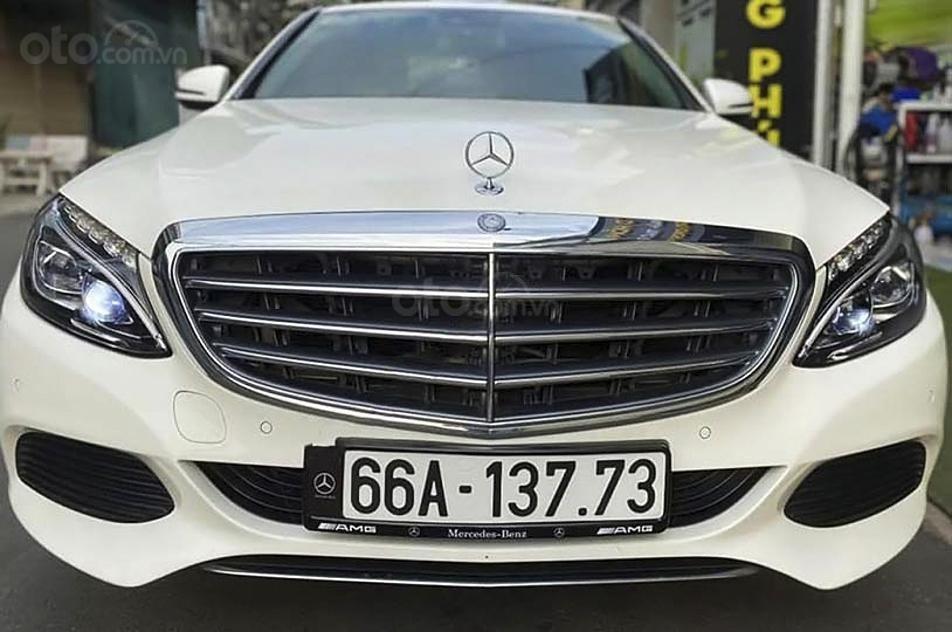 Bán Mercedes C250 Exclusive sản xuất 2016, màu trắng (3)