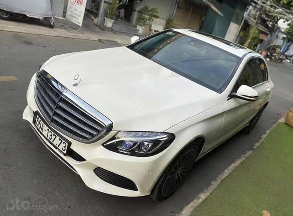 Bán Mercedes C250 Exclusive sản xuất 2016, màu trắng (1)